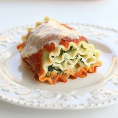 9 lasagna noodles, cooked 1 (10 ounce) package frozen chopped spinach, thawed and completely drained 1 (15 ounce) container fat free ricotta...