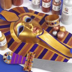 Craft Ideas: Egyptian mask painted with Exceptional Lustre Scolamelt Metallic Paint for Ceramics and Crafts Ancient Egypt Activities, Ancient Egypt Crafts, Egyptian Crafts, Egyptian Mask, Egyptian Costume, Egyptian Themed Party, Egyptian Decorations, Crafts For Kids, Art For Kids