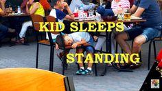 Kid sleeps standing. Ребенок спит стоя - 1 Minute Story NS