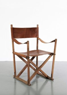 Mogens Koch 'director' folding chair 1932. Manufactured by Rud Rasmussen in the 1960s | sold by pamono.com | @kyra.frans on instagram