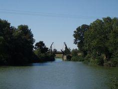 França, Arles, ponte que Van Gogh pintou em 1888