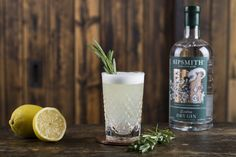 Rosemary Gin Fizz Cocktail Recipe by Sipsmith Best Gin Cocktails, Gin Fizz Cocktail, Cider Cocktails, Gin Cocktail Recipes, Sipsmith Gin, Gin Bar, Rosemary Gin Fizz Recipe, Tonic Syrup, Flavoured Gin