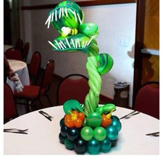 Venus flytrap balloon centerpiece