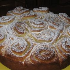 Torta delle rose originale Scones, Bakewell Tart, Rose Cake, Sweet Cakes, Sweet Bread, Pound Cake, Four, Biscotti, Cinnamon Rolls