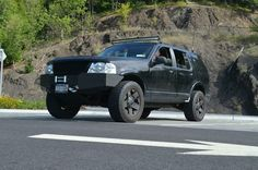 2002 ford explorer btf lift Lifted Ford Explorer, 4x4 Off Road, Punisher, Offroad, Cool Cars, Trucks, Board, Ideas, Design