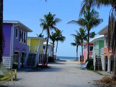 Fort Myers Beach, Florida - love the colors!!