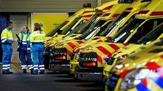 Regionieuws - Ambulancezorg Nederland heeft van de vakbonden FNV en CNV een ultimatum ontvangen om zo snel mogelijk tot een goede CAO te komen. Als AZN niet akkoord gaat met de eisen van beide bond...