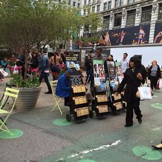 New York City NY USA - Publicly Sharing  God's Word of Truth and the Good News of God's Kingdom in front of the Macy's store. - JW.org -  ~Photo shared by @beppecasti