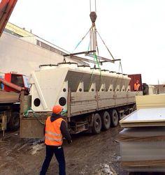 Перевозка климатического оборудования к месту подъема и его строповка.