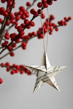 Dekoracje świąteczne wcale nie muszą być drogie i pracochłonne - wystarczy dobra inspiracje, kawałek papieru i odrobina chęci i świąteczne gwiazdki - zawieszki gotowe! Zobacz jak przystroić swój dom na nadchodzące święta i zainspiruj się!