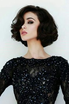 The Curly Bob Hairstyle Is At Once Classic And Flirtatious.Reminiscent Of Dorothy Dandridge,Carmen Miranda Or Elizabeth Taylor;An Inverted Blow Dry And Soft Set Styled Curls Will Have You Ready-Boney For Your Close-Up In No Time!