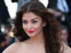 bollywood girl hottie actress aishwarya rai beauty movie photos lovely style gorgeous wallpapers stunning looks miss world images pics hd smile dress hairstyle diet family cute face oufit fashion celebrity entertainment workout beautiful Aishwarya Rai Hairstyle, Aishwarya Rai Makeup, Actress Aishwarya Rai, Aishwarya Rai Bachchan, Hair Color Blue, Blue Hair, Pixie, Cannes Film Festival 2014, 10 Most Beautiful Women