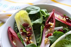 endive and spinach salad with pear, walnuts, dried cranberries, and blue cheese. Would swap blue cheese with goat cheese! Healthy Salad Recipes, Vegetarian Recipes, Spinach Salad, Dried Cranberries, Cooking Time, Healthy Eating, Yummy Food, Nutrition, Favorite Recipes