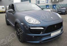 Porsche Cayenne fully vinyl wrapped in a dark blue matt metallic car wrap by Totally Dynamic North London