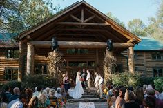 Rustic destination wedding in the smoky mountains.   Smoky Mountain Wedding at Dancing Bear Lodge | Bride Link