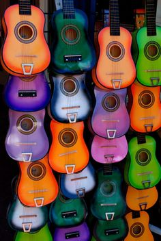 Guitarras by Luis-Enrique  on 500px