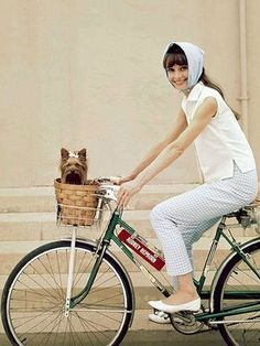More Audrey. Love everything about this pic.