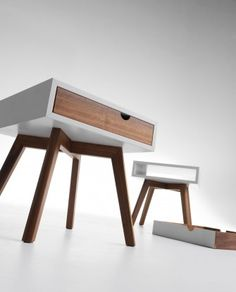 Io E Te bedside table & mobilier design Trendy Furniture, Retro Furniture, Furniture Layout, Plywood Furniture, Pallet Furniture, Bedroom Furniture, Home Furniture, Furniture Design, Muebles Living