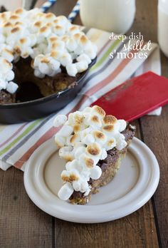 Easy and INCREDIBLE deep dish skillet s'mores from ChelseasMessyApron.com