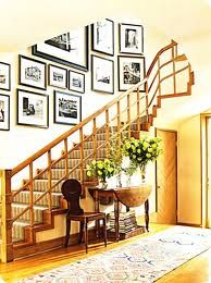 Hmmm ... I'd like to hang a gallery of pictures just like this up my staircase