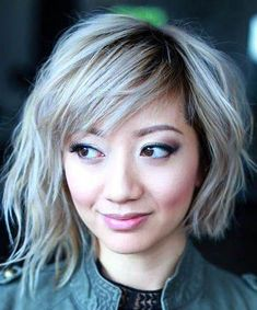 globeoigne 26 Cute Short Haircuts That Aren't Pixies White Gold Best Bob Haircuts, Bob Haircuts For Women, Cute Short Haircuts, Bob Hairstyles For Fine Hair, Round Face Haircuts, Short Hair Cuts For Women, Short Hair Styles, Pixie Hairstyles, Asymmetrical Bob Haircuts