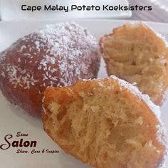 Soft and spicy Cape Malay Potato Koeksisters dipped into the sugar syrup and rolled in coconut. A popular treat in the Cape Malay tradition Braai Recipes, Donut Recipes, Baking Recipes, Dessert Recipes, Desserts, Koeksister Recipe South Africa, Potato Doughnuts Recipe, Malay Food, Kitchens