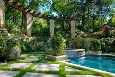 Secluded Private Retreat & Garden - pool - dallas - Harold Leidner Landscape Architects