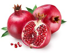 Pomegranate is red thick seeded fruit with various health and nutritional benefits. Pomegranate has high amount of vitamins and antioxidants. The inflammatory properties of pomegranate help our body in dealing with many health conditions. Pomegranate Juice Benefits, Pomegranate Seed Oil, Pomegranate Smoothie, Pomegranate Extract, Grenade Fruit, Cholesterol Levels, Cholesterol Symptoms, Troubles Digestifs, Clean Eating Tips