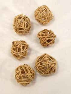Natural Munchie Woven Vine Chew up Bird Toy Parts 1 Inch Ball  6 Each
