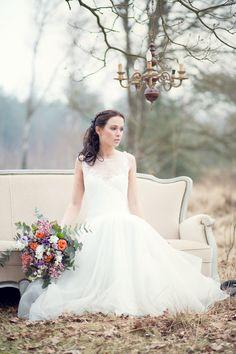 Styling Setting & Boeket: Thanea, MUAH: Kimberley Megens, Model: Rikie Vos, Bruidsjurk: Mariage Bruidsmode, Fotografie: Jessica Fotografie