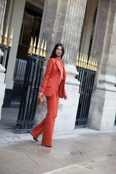 Chloé Resort 2012 - Runway Photos - Fashion Week - Runway, Fashion Shows and Collections - Vogue Office Fashion, Work Fashion, Fashion Show, Fashion Looks, Fashion Trends, 70s Fashion, Runway Fashion, Terno Casual, Suit Fashion