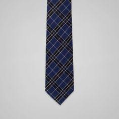 b19e3ac62103 Cravate Armand forme classique bleu et bleu marine à carreaux en laine  mélangée 145 x 8 cm