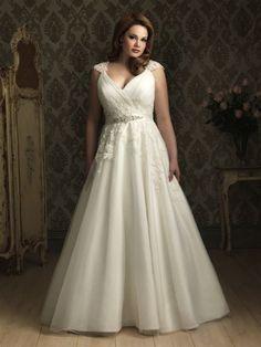 Suknie ślubne dla kobiet w rozmiarze XL Image: 3