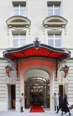 Philippe Starck revisite Le Royal Monceau - Frenchy Fancy