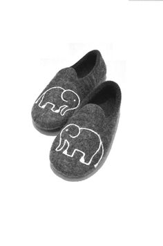 d010b4a85e94b Elephant slippers, grey house slippers, warm gift, wool slippers, natural  wool clogs