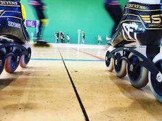 Repost: @_alvarospsk_ Campeonato indor de la liga de Castilla y León. #mpcwheels #mpcblackmagic #simmonsracing #canariam #sefinhe #speedskating #bfhclub #speed #sefinheclothes #sfnh #clothes #urbanbrand #marcaderopaurbanaespañola #roller #patines #streetclothing #urbanstyle #culture #ropaurbana