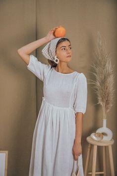 Vestidos Vintage, Vintage Dresses, Nice Dresses, White Dress Summer, Summer Dresses, Female Pirate Costume, Pirate Costumes, White Linen Dresses, Renaissance Clothing