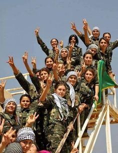 @RitaPanahi Now these are real female warriors. Peshmerga Women Fighters barring the way to 'Paradise' for ISIS Idiots every day...true Heroes of To-day.