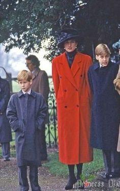 Princess Diana .with the boys.....Uploaded By  www.1stand2ndtimearound.etsy.com