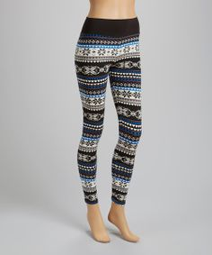 Strut the sidewalk runway with a look of trend-savvy style. Boasting an eye-catching, fashion-forward print, these attention-grabbing leggings will draw oohs and ahhs from awestruck onlookers.