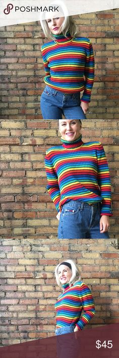 || TOMMY HILFIGER || 90's Vtg Striped turtleneck Excellent vintage condition!!! It's a large. I'm an XS in the picture. Tommy Hilfiger Sweaters Cowl & Turtlenecks