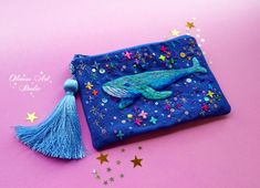 Hand Embroidery and Cosmic bags by OlinessArtStudio Hand Embroidery Designs, Embroidery Thread, Embroidery Applique, Embroidery Patterns, Diy Crafts For Girls, Diy And Crafts, Weird Jewelry, Textile Art, Diy Clothes