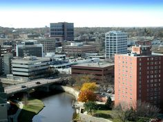 Sioux Falls, SD : view of downtown, 153,000 population, very low crime, low unemployment, median home cost $139,000,  Avg high 86, avg low 4, snowfall 40 inches