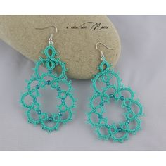 Orecchini in pizzo chiacchierino, lace tatting earrings, orecchini... ($9.66) ❤ liked on Polyvore featuring jewelry and earrings