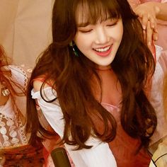 "Gfriend-Yerin ""Time for the moon night"" Extended Play, South Korean Girls, Korean Girl Groups, Girl Korea, Cloud Dancer, G Friend, Girl Bands, Tumblr Girls, Korean Singer"