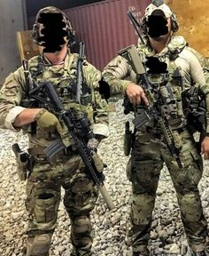 Army Men, Military Police, Military Weapons, Army Guys, Military Art, Special Forces Gear, Military Special Forces, Army Green Beret, Military Motivation