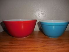 Homestead pattern Tan & blue speckled Pyrex 1 1/2 Pt 472 casserole ...