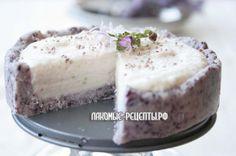 Кокосово-черничный торт с лавандой