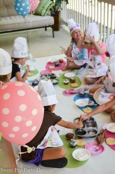 Baking Party a Girls Birthday http://fantabulosity.com