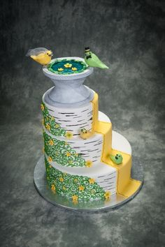 Birdbath Wedding Cake Pretty Cakes, Beautiful Cakes, Amazing Cakes, Cupcakes, Cupcake Cakes, Fancy Cakes, Crazy Cakes, House Cake, Bird Cakes